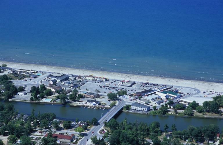 wasaga-beach-aerial